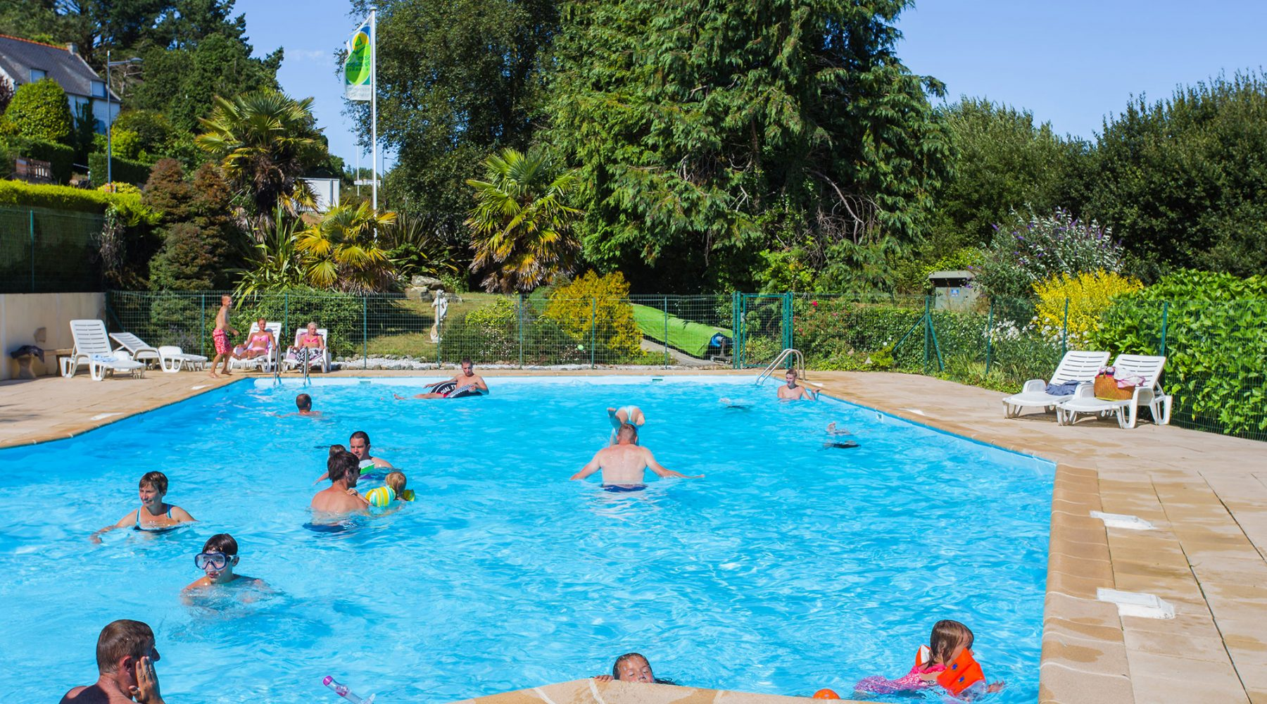 100 Camping La Piscine Brittany Camping Kersentic 3